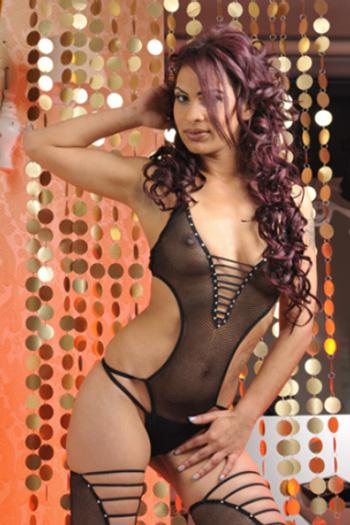 Escort girl Aysu modèle sportif top figure gros seins Berlin