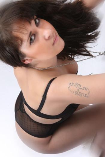 Escort Model Eva-3 Top Girl Large Woman Sex Figure Erotic Pretty de Berlin