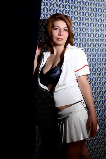 Maria-2 Délicatement Petite Bulgarie escorte modèle de sexe Berlin dame ludique