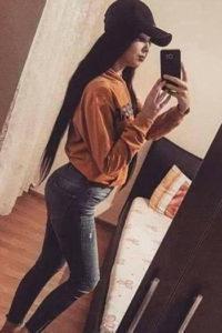 Vivez des heures de sexe avec la jeune escort girl Ximena propose également un service anal